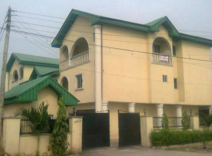 Twin Duplex with BQ and Pent House in Sedeco Road, Warri